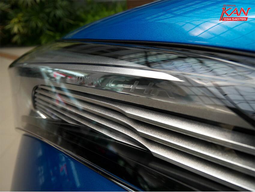 02 รีวิว Toyota C-HR ยนตกรรมแห่งอนาคต..