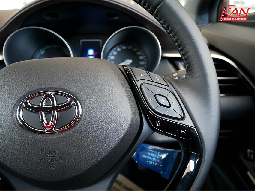 09 รีวิว Toyota C-HR ยนตกรรมแห่งอนาคต..