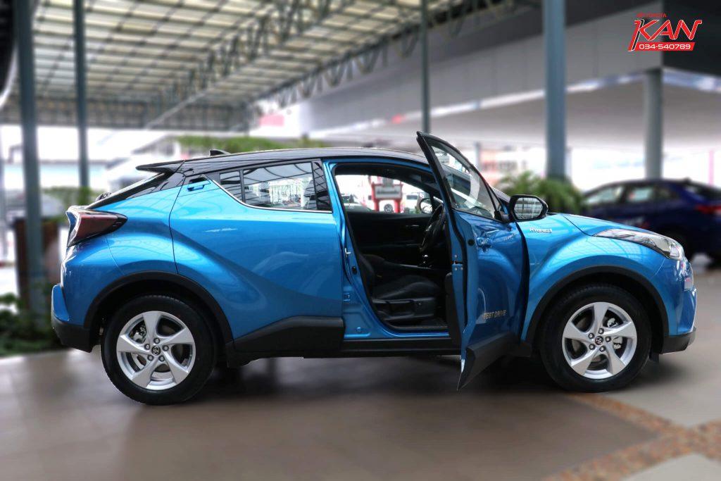 27-1024x683 รีวิว Toyota C-HR ยนตกรรมแห่งอนาคต..