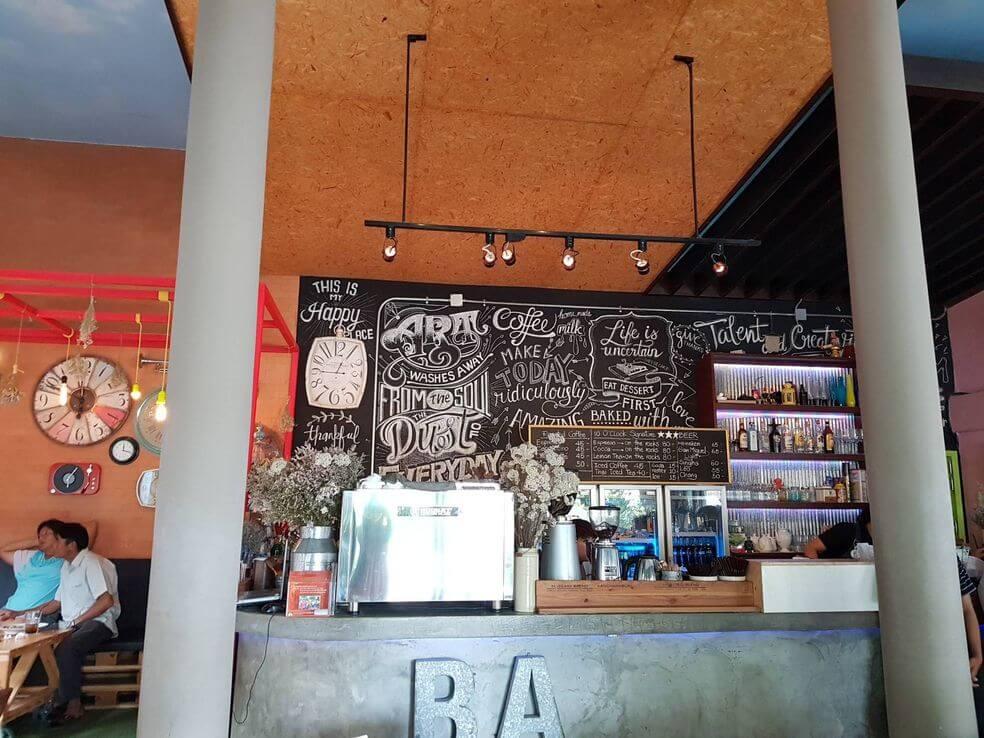 10 O'clock Cafe