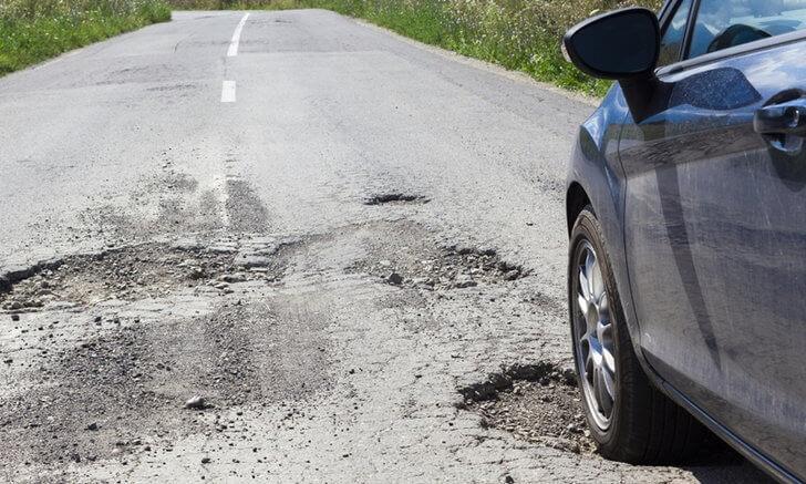aHR0cHM6Ly9zLmlzYW5vb2suY29tL2F1LzAvdWQvMTMvNjkyNjUvMDAxLmpwZw 6 เสียงดังในรถ อาการอันตราย อย่าปล่อยผ่าน
